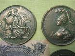 Медные монеты и настольные медали Копии, со стеклом, 37х27см., фото №7