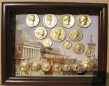 Золотые монеты античности, древний Византий. Копии, со стеклом, 24х19 см., фото №2