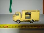 Karrier Bantam грузовик с будкой Corgi, фото №7