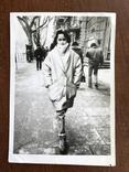 Одесса Девушка в модной куртке Телефонный аппарат, фото №2