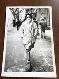 Одесса Девушка в модной куртке Телефонный аппарат, фото №3