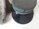 Две шапки, фото №2