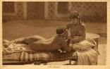 Две обнаженные подруги-арабки. Ню, эротика. 1900-1910-е гг., фото №2