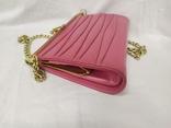 Винтажная розовая сумочка с длинной ручкой цепочкой. Можно носить как клатч. 24х17х4,5см, фото №3