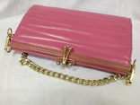 Винтажная розовая сумочка с длинной ручкой цепочкой. Можно носить как клатч. 24х17х4,5см, фото №4