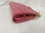 Винтажная розовая сумочка с длинной ручкой цепочкой. Можно носить как клатч. 24х17х4,5см, фото №6