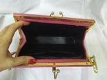 Винтажная розовая сумочка с длинной ручкой цепочкой. Можно носить как клатч. 24х17х4,5см, фото №9