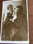 1936 Яркое фото Мама Ребёнок шляпка берет, фото №3