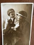 1936 Яркое фото Мама Ребёнок шляпка берет, фото №5