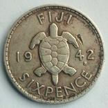 Фиджи 6 пенсов 1942 г., фото №2