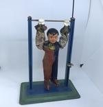 Механическая игрушка СССР клоун на перекладине, фото №10