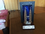 Статуэтка Petronas Twin Towers Malaysia в родной коробке, фото №2