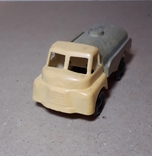 Машинка грузовик БОЧКА из СССР, фото №2