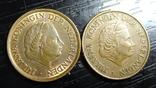 5 центів Нідерланди 1970 (два різновиди) рік ближче/далі від номіналу, фото №4