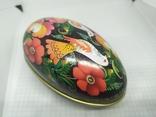 Жестяная баночка в форме яйца с росписью. 11х6х7см, фото №6