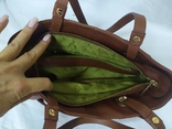Кожаная женская сумочка. Плотная мясистая кожа. Англия. Без ручек 30х13х19см, фото №11