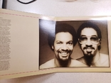 "Платівка. Funk / Soul. ""The Brothers Johnson* Light Up The Night"" Gatefold, фото №4"