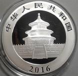 Китай 10 юаней 2016 г. Панда (серебро 999 пробы , 30 гр.), фото №3