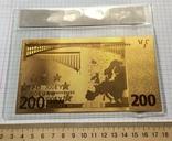 Позолоченная сувенирная банкнота 200 Euro в защитном файле, конверте / сувенір, фото №3