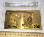 Позолоченная сувенирная банкнота 200 Euro в защитном файле, конверте / сувенір, фото №4