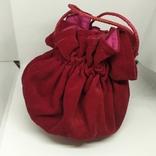 Бархатная сумочка на затяжке. Внутри тоже бархат. Высота 13см, диаметр 13см, фото №2