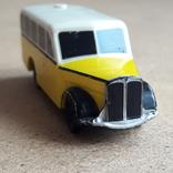 Винтажный автобус Скорая помощь , на батарейка, Migros Швейцария, фото №3