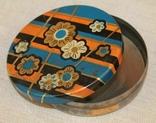 Старая жестяная коробка от конфет, фото №2