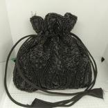 Вечерняя сумочка на затяжке. Ручная расшивка бисером и стеклярусом. Индия. 16х16см. Новая, фото №2