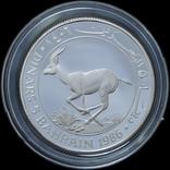 5 Динар 1986 Газель - 25 лет Всемирному фонду дикой природы (0.925, 19.44г), Бахрейн, фото №2