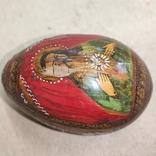 Расписное яйцо с изображением Богородицы и Спасителя., фото №4