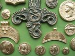 Монеты и античная археология. Копии, в раме без стекла, 31х21см, фото №10