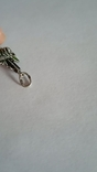 Крестик с зелёным камнем, фото №3
