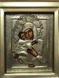 Икона Владимирская Б.М. в окладе и киоте, фото №2
