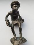 Бронзовая статуэтка вратарь, фото №2