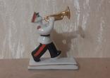 Суворовец с трубой, фото №2
