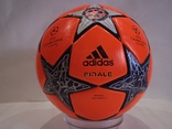 Футбольный мяч Лиги чемпионов УЕФА сезона 12/13 Adidas Finale 12, фото №4