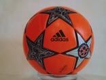 Футбольный мяч Лиги чемпионов УЕФА сезона 12/13 Adidas Finale 12, фото №9