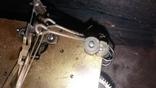 Часы интерьерные с маятником, фото №11