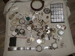 Разные часовые запчасти из ящика часовщика, фото №2