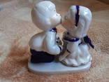 Фарфоровая статуэтка Первый поцелуй :)