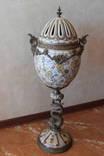 Старинная бронзовая ваза-яйцо