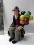 Статуэтка продавец шаров. Англия Royal Doulton.1954 г. photo 1