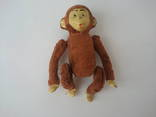 Заводная механическая плюшевая обезьянка клееные опилки СССР исправная photo 5