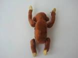 Заводная механическая плюшевая обезьянка клееные опилки СССР исправная photo 7