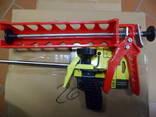 2 пістолета силікон і піна