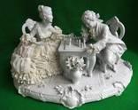 Скульптурная композиция *Игроки в шахматы* Кружевной фарфор 42.8см. Германия.