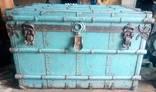 Cтарий Канадський чемодан