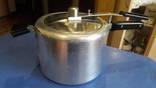Скороварка. куб для дистиляции 6 литров можно использовать дистилированную воду и прочии .