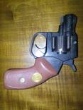 Стартовий,шумовий револьвер