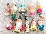 Десять ёлочных игрушек